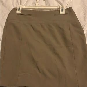 Express Skirt in taupe; size 4. Like new condition
